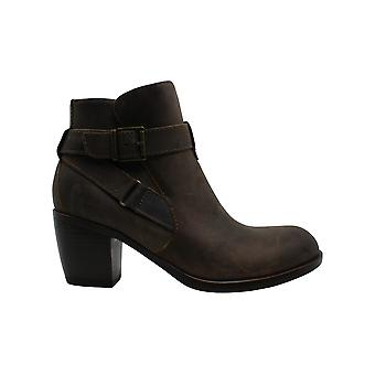 B.O.C Womens Shea Leather Almond Toe Ankle Fashion Boots