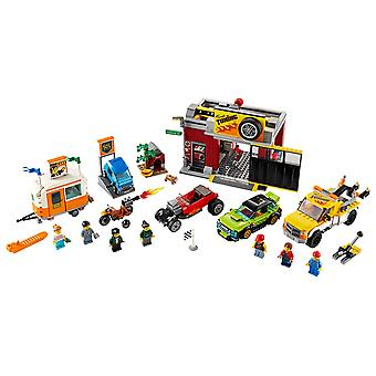 LEGO 60258 City Tuning Workshop rakentaminen Playset