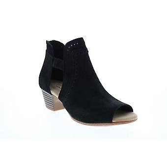 Clarks Adult Womens Valarie Trail Ankle & Booties Boots