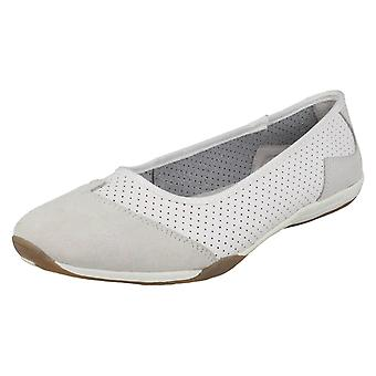 Ladies Down To Earth Casual Leather Ballerinas F80261