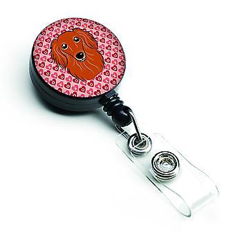 Poil long teckel rouge coeurs Badge rétractable Reel