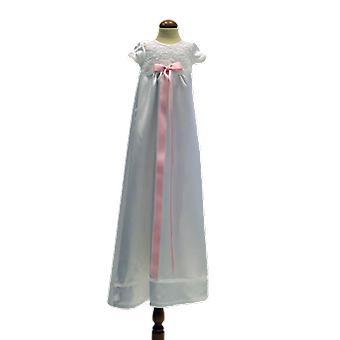 スウェーデンMa.vのライトピンクロゼットグレースと白い洗礼ドレス