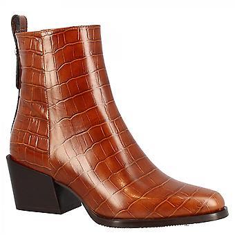 ليوناردو أحذية المرأة اليدوية وأشار إصبع القدم مربع حذاء الكاحل في جلد العجل براندي مع طباعة التماسيح