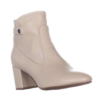 Franco Sarto Womens L-Newton Pointed Toe Ankle Chelsea Boots