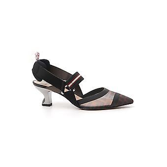 Fendi 8j6716a2d7f1otr Women's Black Leather Sandals