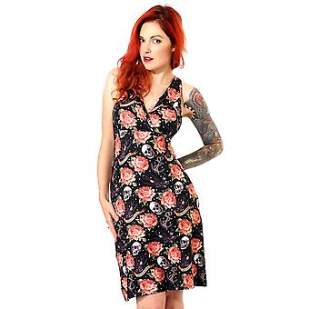 Marque d'alcool - tatouage rose - robe