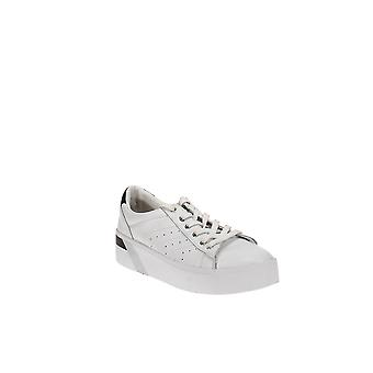 Marc Fisher LTD   Tony Leather Sneakers
