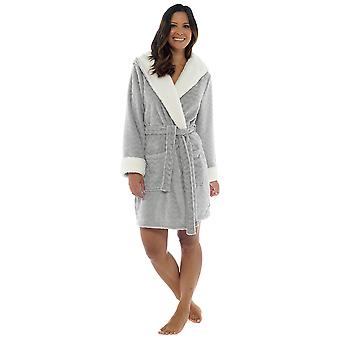 Wolf & Harte Womens Embossed Coral Fleece Dressing Gown