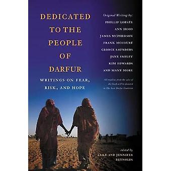 Dedikeret til befolkningen i Darfur skrifter på frygt risiko og håb ved Reynolds & Luke