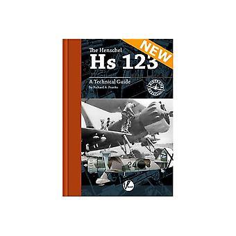 كتاب - الطائرات والنماذج تفاصيل هيكل الطائرة 7 وHs هينشل 123 كتاب