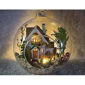 Mini Crystal Ball Diy House Contient du matériel non fini ( 12cm*12cm*12cm)