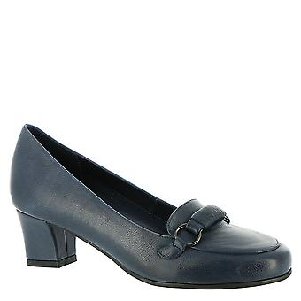 David Tate Womens Perky Closed Toe Classic Pumps