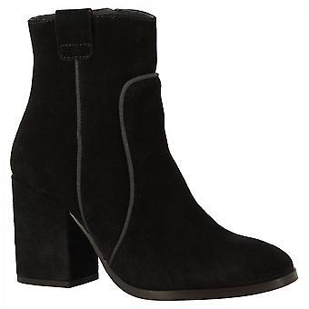Leonardo Shoes Women's handmade heels ankle boots black suede leather side zip