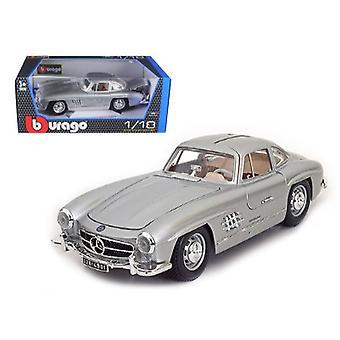 1954 Mercedes 300 SL Gullwing Silver 1/18 Diecast Model Car par Bburago