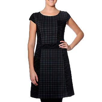 Smash Women's Nelveska Dress