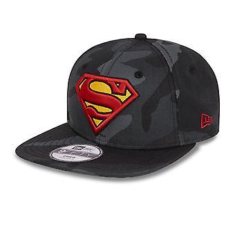 Новая эра 9Fifty Snapback KIDS Cap - Супермен темный камуфляж