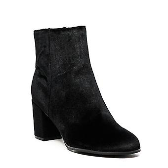 Indigo Rd. | Crusona Fabric Block Heels
