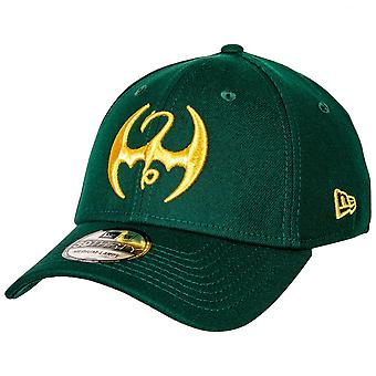 Iron Fist Dragon Symbol New Era 39Thirty Cappello aderente