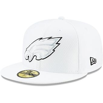 New Era 59Fifty Cap - PLATINUM Sideline Philadelphia Eagles