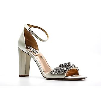 Badgley Mischka - France | Pompes Barby