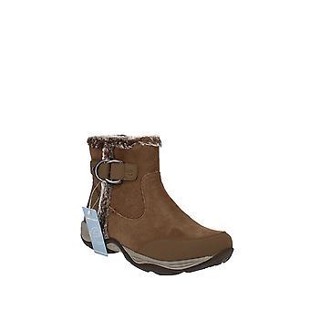 Easy Spirit   Ember Boots