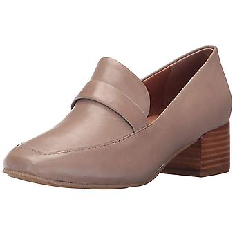 Gentle Souls Womens Elliot Fabric Square Toe Loafers