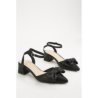 Sandales à talons à arc haute brillance