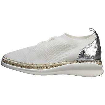 Vince Camuto naiset ' s affina Sneaker