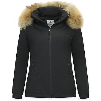 Short Winter Coat - Slim Fit - With Fur Collar - Black