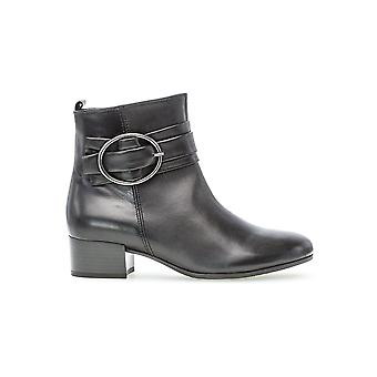 Gabor Low Heeled Ankle Boot - Slick 32.813