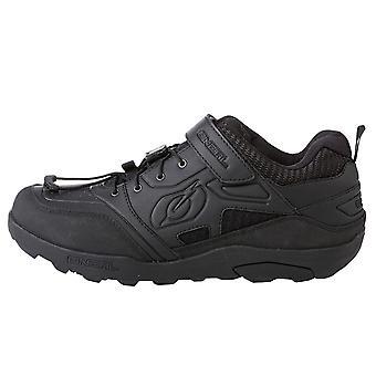 TRAVERSE FLAT Cipő fekete EU Méret 44