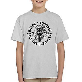 Teilen & erobern NY Gitarre Schlange Kid's T-Shirt