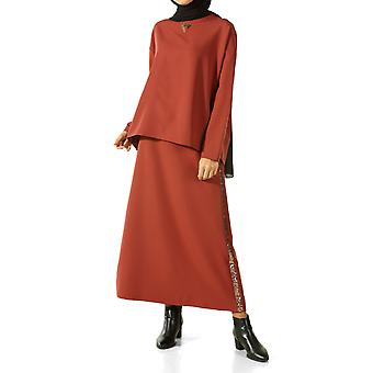 Embroidered Hijab Suit With Skirt