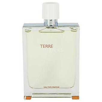 Terre D'hermes Eau Tres fraiche Eau de Toilette Spray (Tester), jonka on kirjoittanut Hermes 4,2 oz Eau Tres fraiche Eau de Toilette Spray