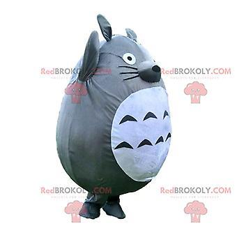 Mascote REDBROKOLY.COM de Totoro, guaxinim cinza e branco, fantasia de desenho animado
