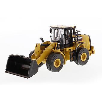 CAT 1:64 Diecast 950M Wheel Loader Toy