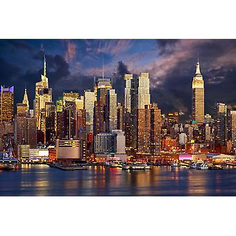 Tapetmaleri Manhattan Midtown Skyline på Twilight over Hudson