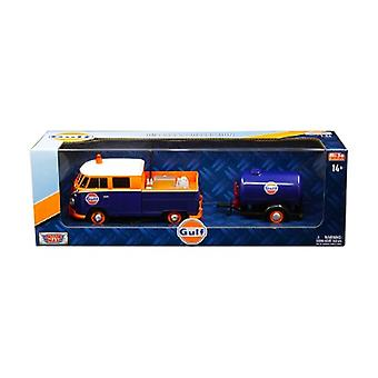 Volkswagen Service Pickup Truck with Plastic Oil Tank Gulf Oil 1/24 Diecast Model Car by Motormax