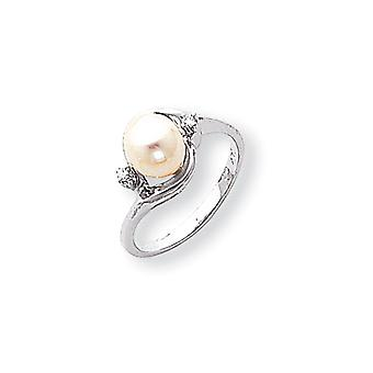 14k White Gold Polished Prong set 7mm Freshwater Cultured Pearl Diamond ring - .03 dwt - Size 6