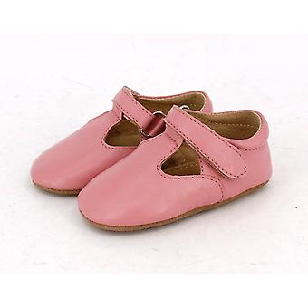 SKEANIE Leather T-Bar Shoes in Pink