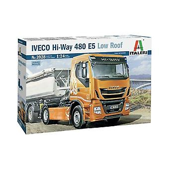 Italeri 3928 IVECO Hi-way 480 E5 Sattelzugmaschiene Model Kit 1 24