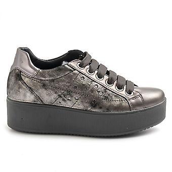 &Grey Leather Igi&co Sapato feminino com cunha baixa