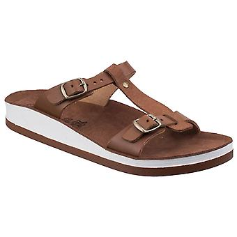 Fantasy Womens Jessamine Buckle Up Sandal Tobacco Edition