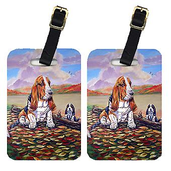 Carolines Treasures  7004BT Pair of 2 Basset Hound Little one watching Luggage T