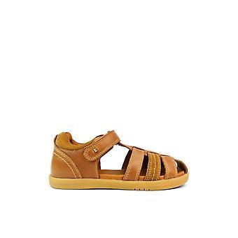 BOBUX Kp Roam Caramel Closed Toe Sandal