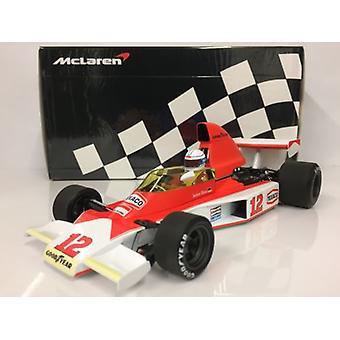 Minichamps 530761832 McLaren Ford M23 J.Mass S African GP 1976 1:18 Scale
