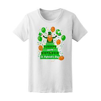 Happy St Patrick's Leprechaun Tee kvinnors-bild av Shutterstock