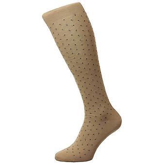 Pantherella Gadsbury motief Pin Dot katoen Lisle Over de kalf sokken - lichte kaki