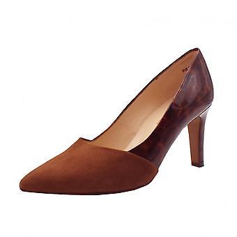 Peter Kaiser Ekatarina Stylish Leather Court Shoes In Sable