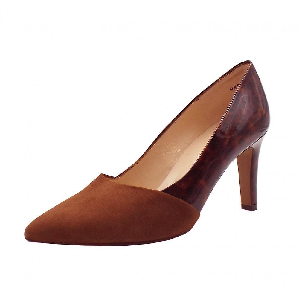 Peter Kaiser Ekatarina Stylish Leather Court Shoes In Sable g4kES